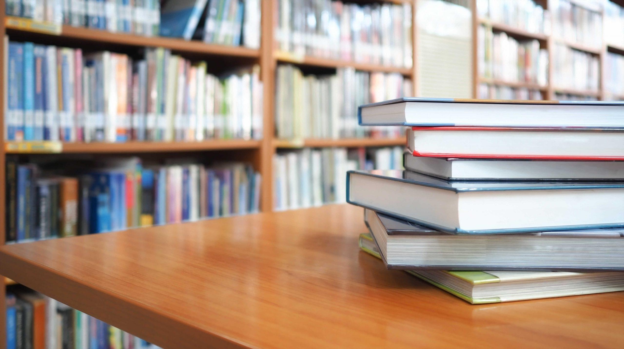 Es de libro, catorce años promoviendo la investigación y la alfabetización en medios en el aula