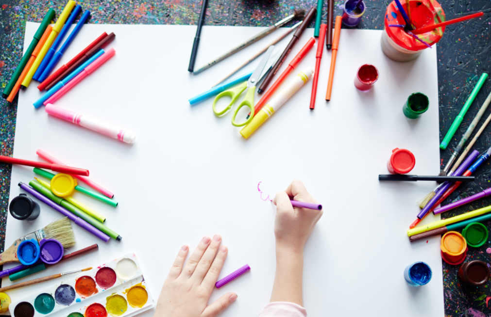 Te ayudamos a desarrollar la creatividad plástica de tus hijos desde casa