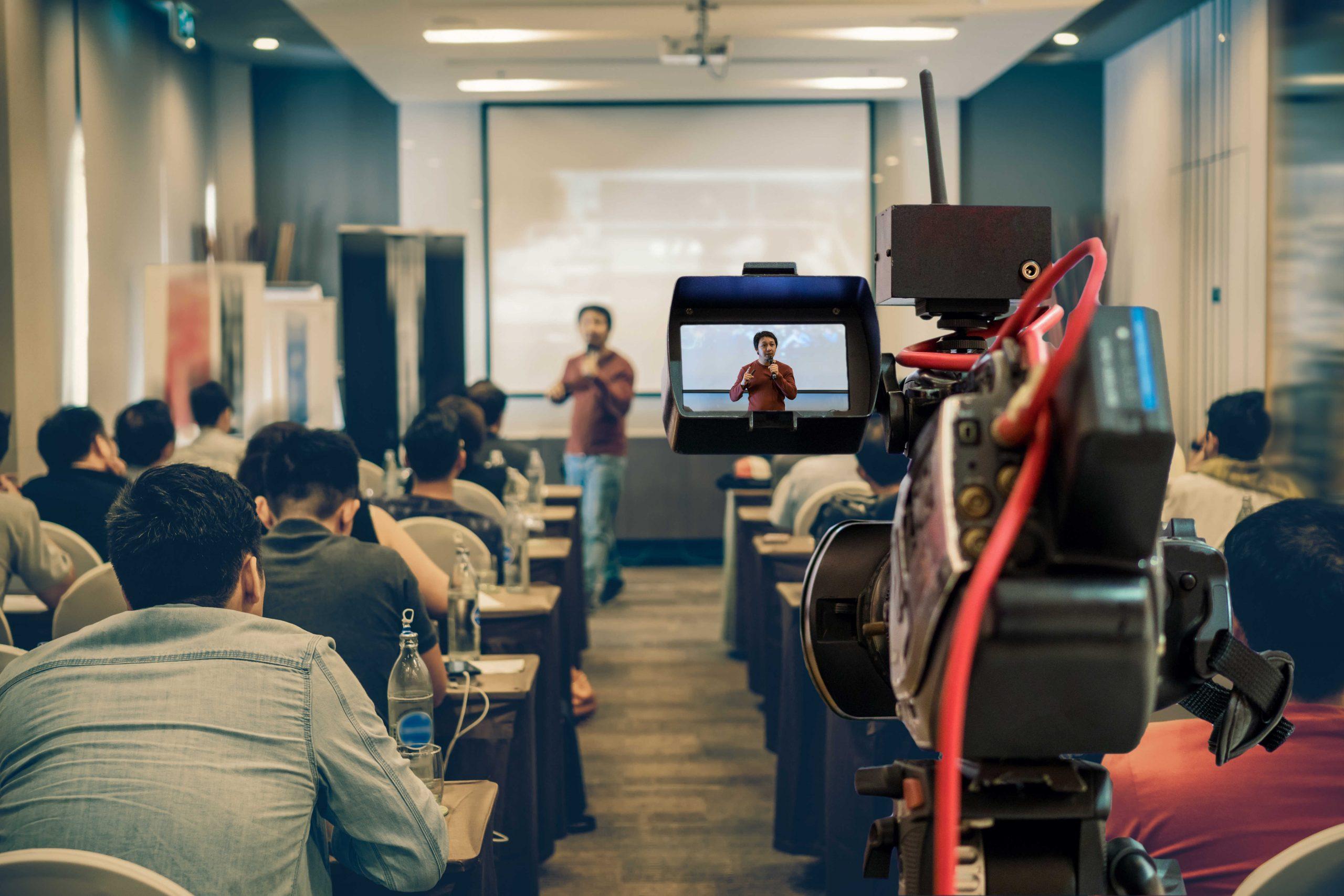 Alfabetización mediática: cómo y porqué introducirla en el aula